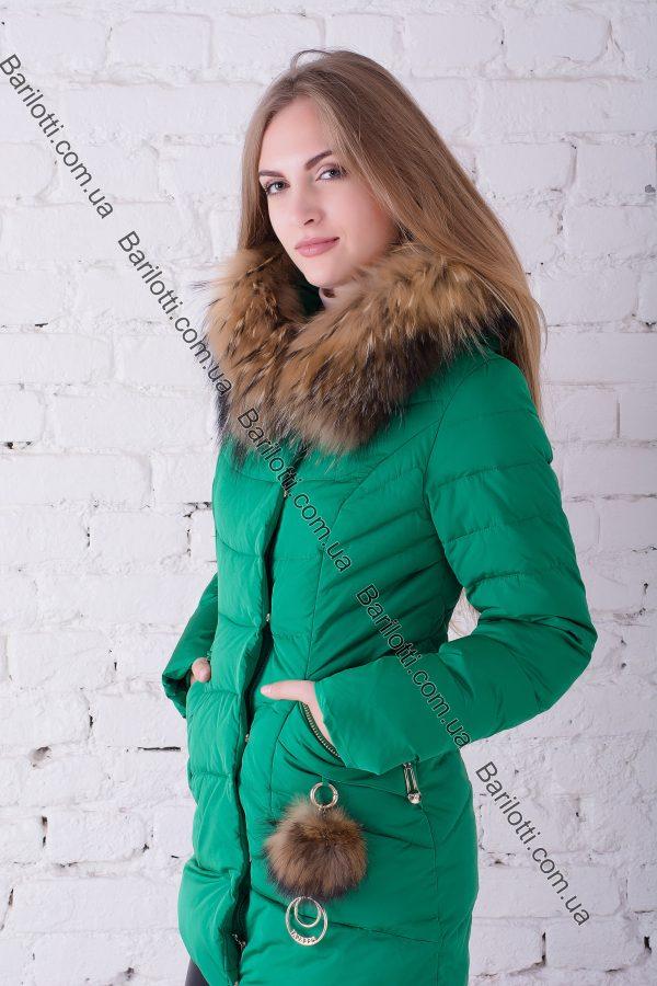 Короткий пуховик с мехом енота Peercat 17-021 Зеленый