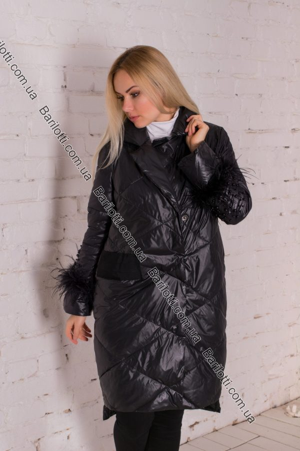 Стильная женская куртка 8009